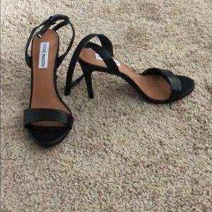 Open toes black heels